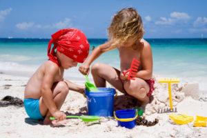 дети на пляже